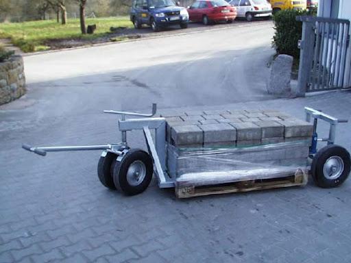 Транспортировка тротуарной плитки